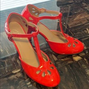 Shoes - NWT Red Patton T Straps